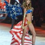 Victorias-Secret-Angel-Lily-Aldridge-walks-the-runway-during-the-2012-Victorias-Secret-Fashion-Show2